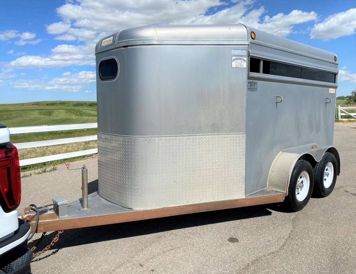 2001 Southland 13' 2 Horse Stock Combo Bumper Pull