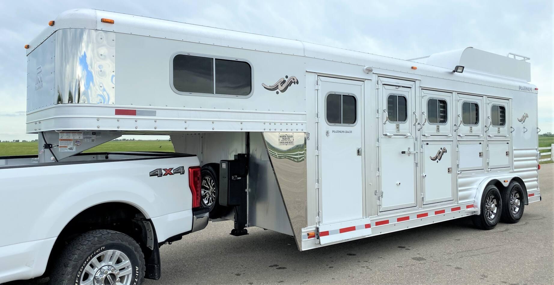 Platinum Coach 4 Horse Gooseneck