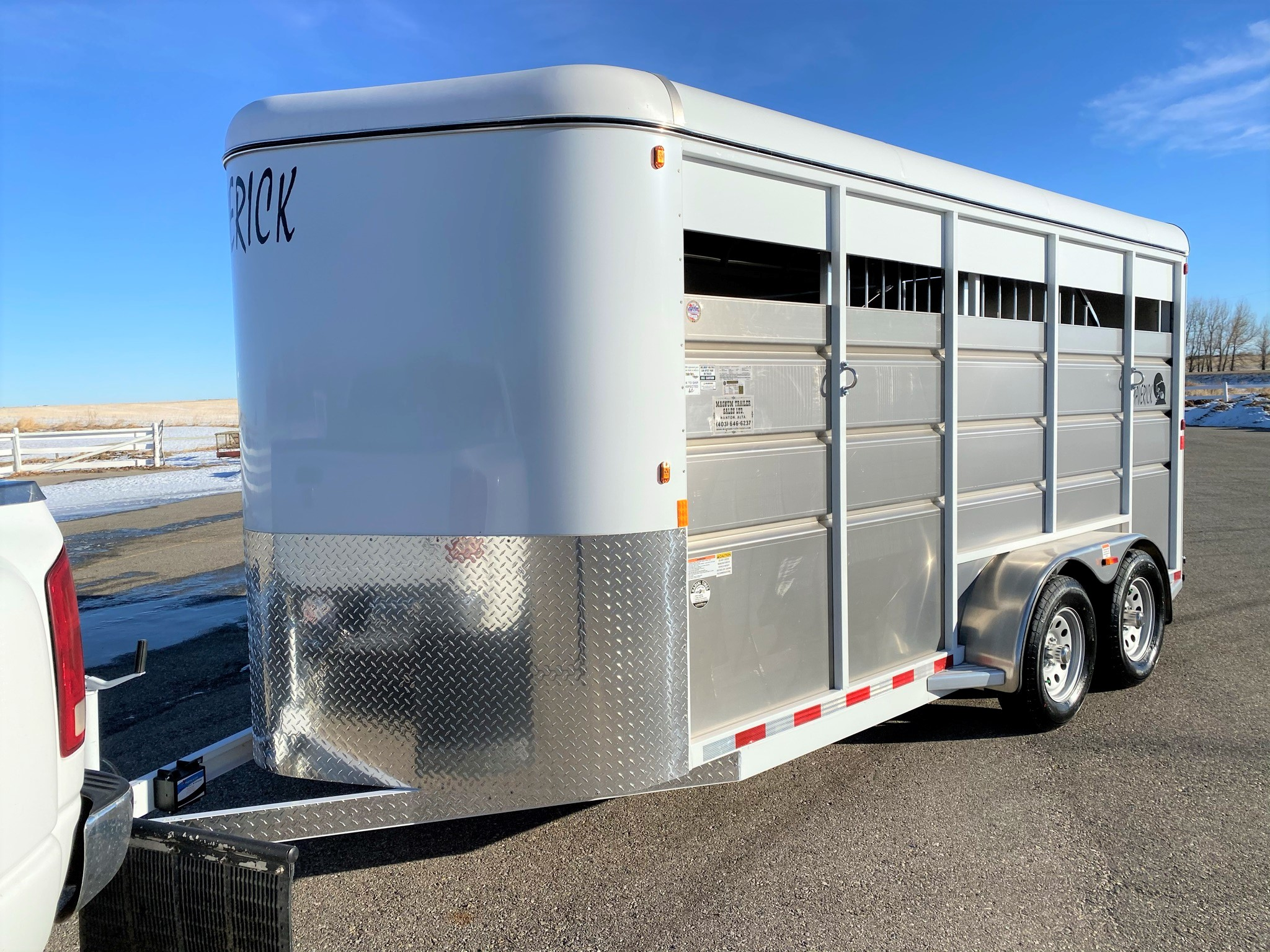 2021 Maverick 17′ 3 Horse High Side Bumper Pull