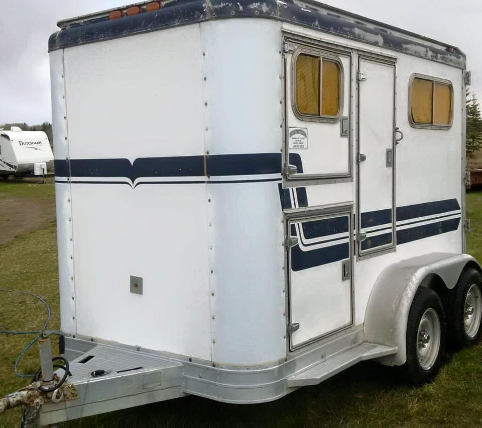 1985 Featherlite 2 Horse Bumper Pull